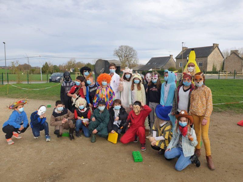 Carnaval de l'école : les masques font la fête !!!